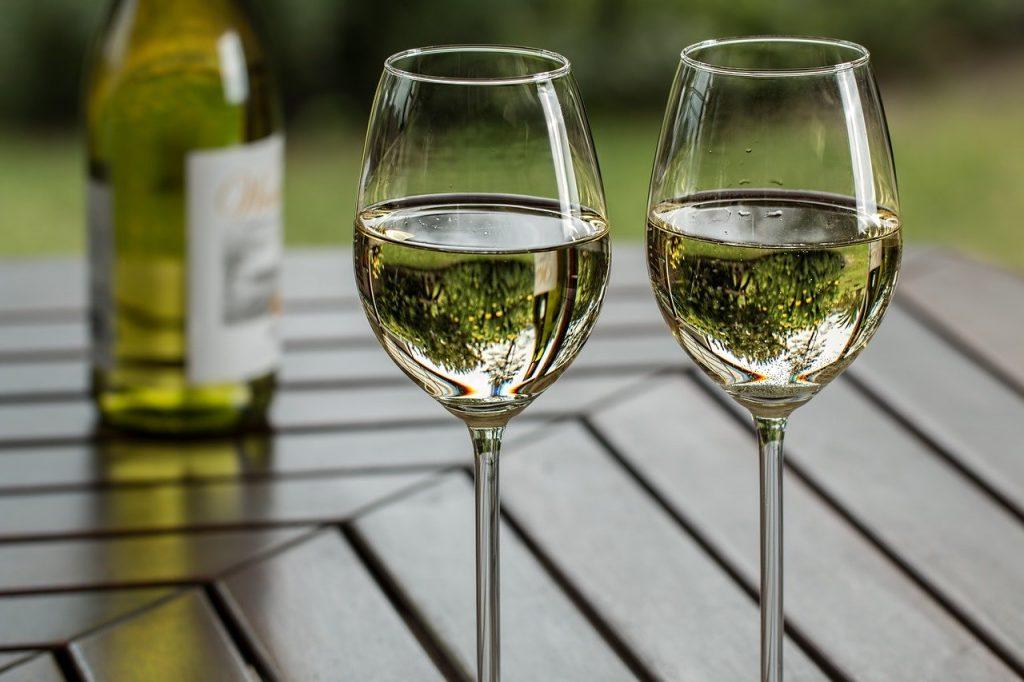 Deux verres de Chardonnay